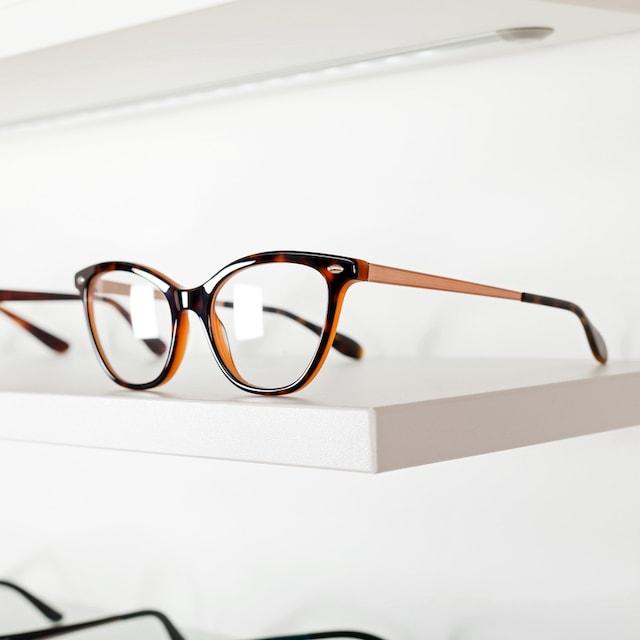 Brille in der Ausstellung
